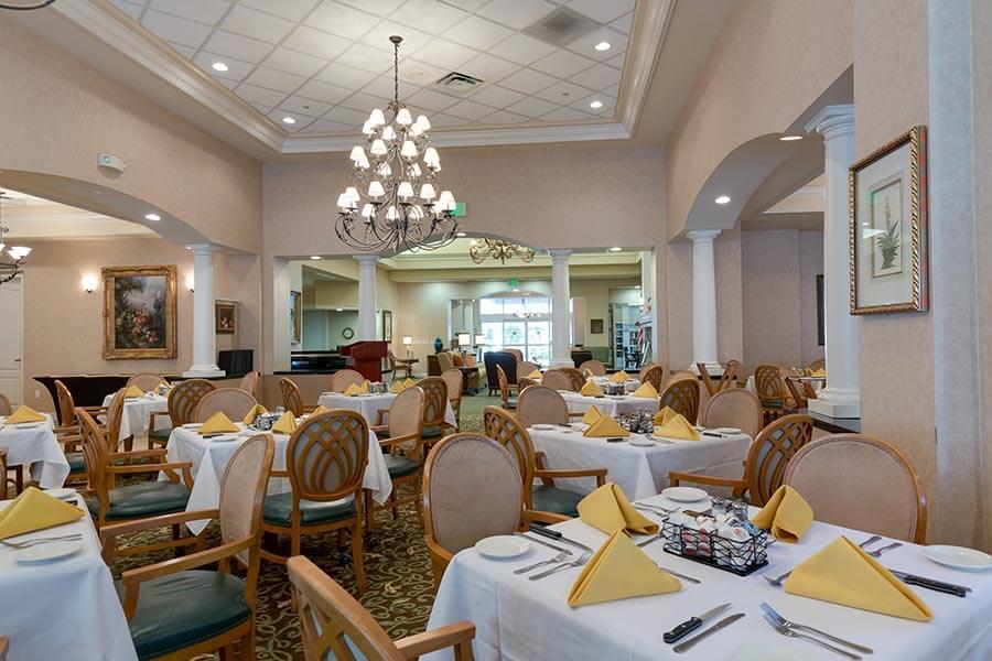 dining room at aston gardens pelican marsh